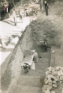 Aprile 1948 - Scavo Fondazioni per Spalletta Ponte in frazione - Colle di San Ginesio
