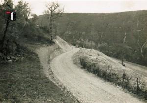 Anni '60 - Consorzio di bonifica della Valle del Tenna - Strada Acquacanina - Fonte Trocca in comune di Acquacanina
