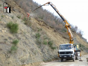 Montaggio barriera paramassi S.P.-Pievebovigliana-Cicconi
